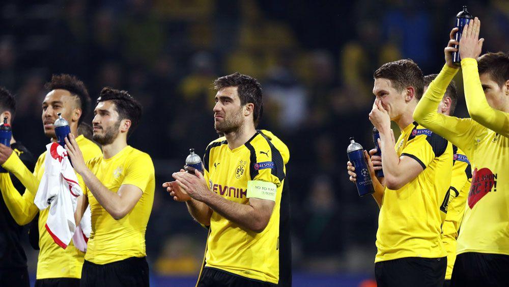 Borussia Dortmund players thank their fans. (AAP)