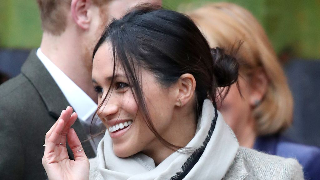 Meghan Markle wears hair in a messy bun and internet loses it