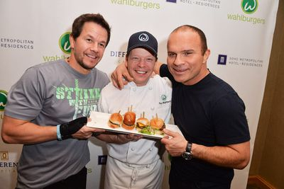 """Move over, Kardashians: there's a new family set to bring home the bacon on reality TV. <br/><br/>Hollywood A-lister Mark Wahlberg and his brothers, New Kids on the Block singer Donnie and chef Paul, are letting the cameras behind the scenes of their family business: a Boston burger restaurant called """"Wahlburgers"""". What else?!<br/><br/>To air: On January 22, 2014 on the A&E network in the US. Likely to air on A&E on Foxtel."""