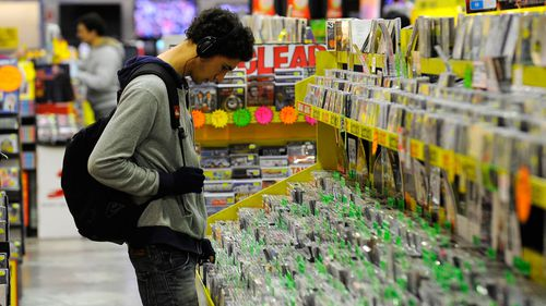 Illegal downloaders to be blocked under new reforms