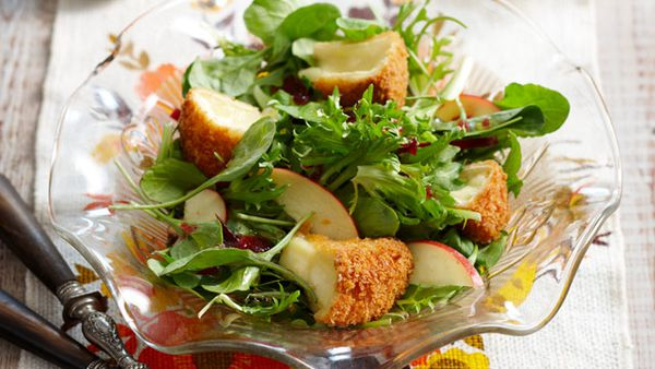 Fried camembert salad
