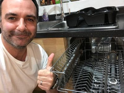 <strong>Fit absolutely everything in the dishwasher</strong>