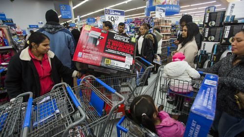US shoppers hunting bargains during 'Black Friday' frenzy