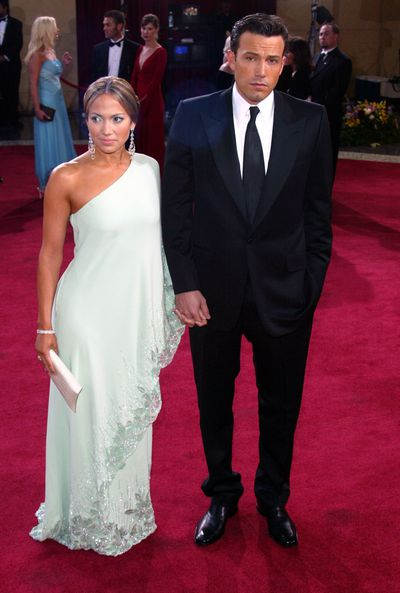 Ben Affleck and Jennifer Lopez in Valentino at the 2003 Academy Awards
