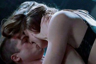Admit it! You picked up on the crazy chemistry in <i>this</i> sex scene too, didn't you?<br/><br/>Source: 20th Century Fox