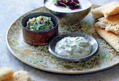 Spinach, turmeric and golden raisin dip