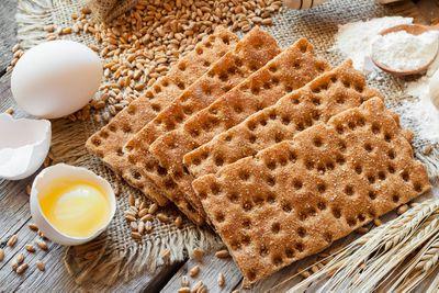 Crispbread: 3g fibre