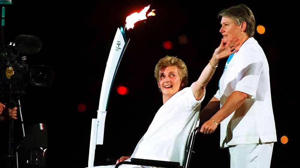 Betty Cuthbert (left) and Raelene Boyle. (AAP)