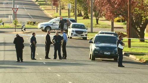 Police at the scene in Bacchus Marsh. (9NEWS)