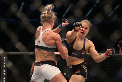 While the previously undefeated Rousey found it hard to find her rhythm.