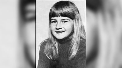 Eloise Worledge (8) is believed abducted from her home in Beaumaris, Victoria on 12 January 1976. Her brother raised the alarm to her  disappearance at about 7.30am. Bark from a tree outside her window was found on the bedroom floor but police said there was no sign of a struggle.