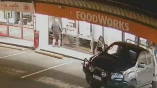 Taking place around 2:30am on Saturday morning, the lone criminal was captured on CCTV scoping out the Burleigh Waters Foodworks before the stunt.