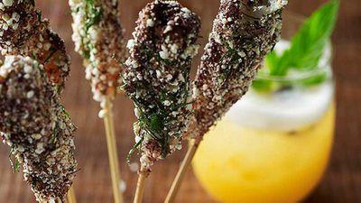 "<a href=""http://kitchen.nine.com.au/2016/05/05/13/40/flying-fishs-popcorn-prawns"" target=""_top"">Flying Fish's popcorn prawns</a>"