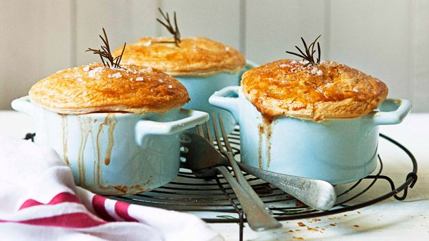 Beef and rosemary pot pies