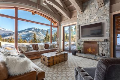 <strong>WHISTLER, BC, CANADA C $19,950,000 The Whistler Real Estate Co.</strong>