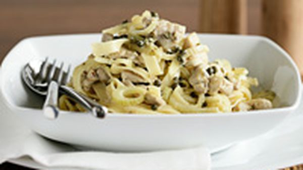 Fettuccine with chicken, fennel and lemon