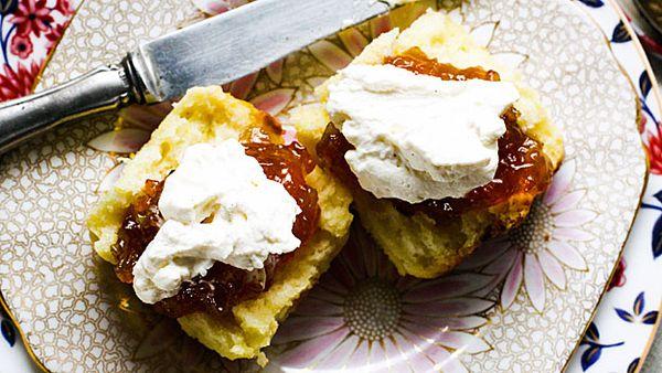 Alana's Orange scones with cinnamon whipped cream