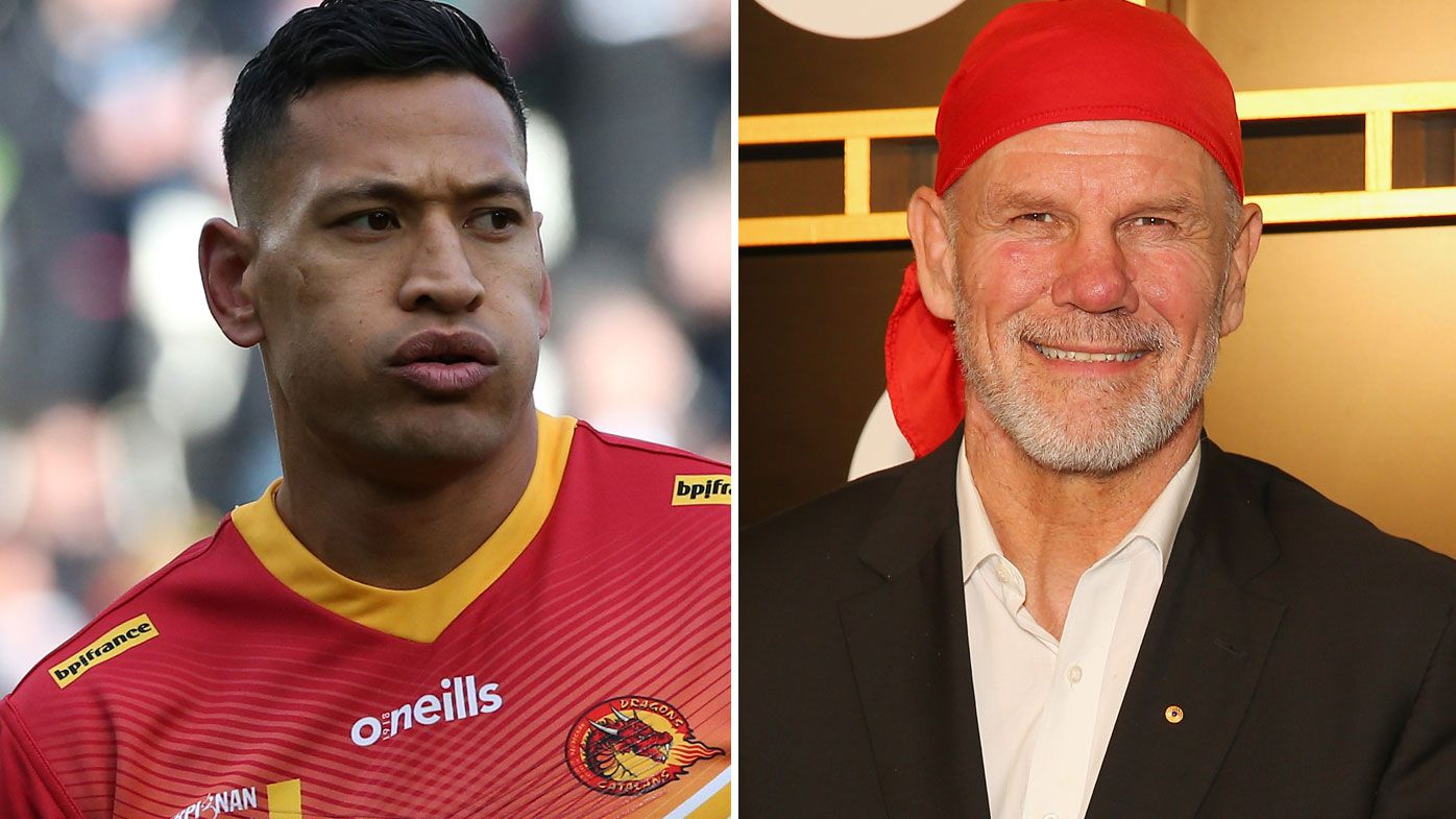 Peter FitzSimons says it's Israel Folau's right to choose not to kneel. (Getty)