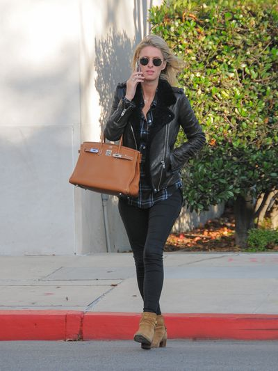 "<p><strong>Classic inspiration:</strong> Nicky Hilton carrying an Hermes Birkin bag on January 04, 2016 in Los Angeles.</p> <p><strong>Buy:&nbsp;</strong>Hermes Birkin 35 leather handbag, approx. $16,623 at <a href=""https://www.vestiairecollective.com/women-bags/handbags/hermes/camel-leather-birkin-35-hermes-handbag-4975757.shtml"" target=""_blank"">Vestiaire Collective<br /> </a></p>"