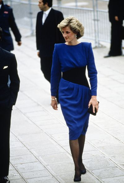 In a Bruce Oldfield dress during a visit to Venice, 1985.