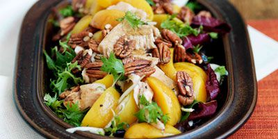 Smoked turkey, peach & fennel salad with balsamic dressing