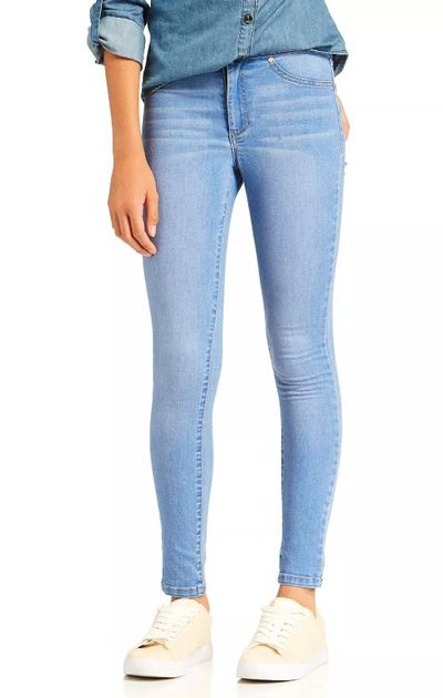 "<a href=""http://www.justjeans.com.au/shop/en/justjeans/kids/girls/girls-denim-jeans/girls-aria-high-rise-skinny"" target=""_blank"">Just Jeans Kids Girls Aria High Rise Skinny Jeans, $49.95.</a>"