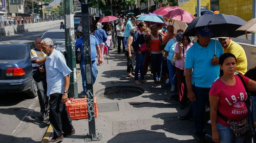 Cardboard coffins: Venezuelans bear high cost of dying