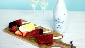 Zonin prosecco ice pops in berry, blueberry and pineapple blitz