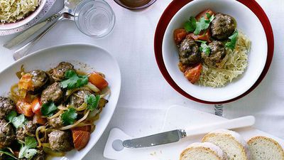 "Recipe:&nbsp;<a href=""http://kitchen.nine.com.au/2016/05/19/10/48/lamb-meatballs-with-lebanese-rice"" target=""_top"" draggable=""false"">Lamb meatballs with Lebanese rice</a>"