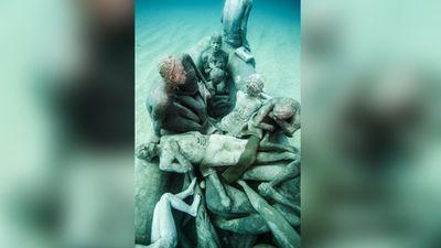 <em>The Raft of Lampedusa</em>. (Jason deCaires Taylor)