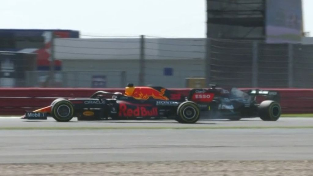 Max Verstappen takes new swipe at 'disrespectful' Hamilton