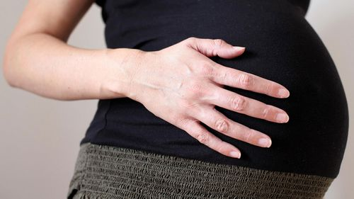 Expectant mothers considering inducing labour if paid parental leave changes pass Parliament