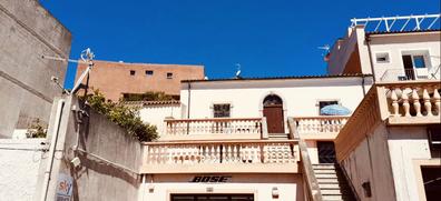 Mauro Morandi's new apartment in La Maddalena. Italy's Robinson Crusoe