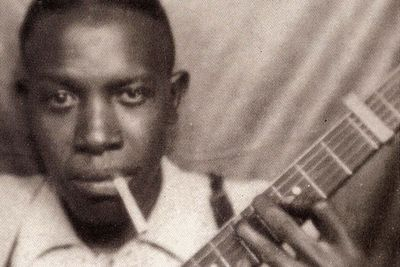 <b>Died:</b> 1938<br/><P><br/>The American blues singer and guitarist died after drinking whiskey laced with strychnine. The man who poisoned him allegedly confessed to a researcher in the 1970s, but his name was never revealed.