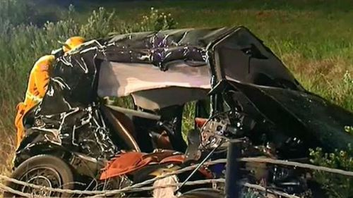 Witnesses reported seeing the commodore overtake a number of other cars before slamming into the Toyota Sedan (9NEWS)