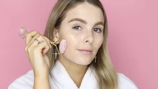 How to use a rose quartz facial roller