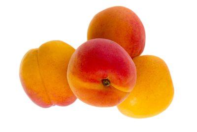 Whole apricot: 9.24g sugar per 100g