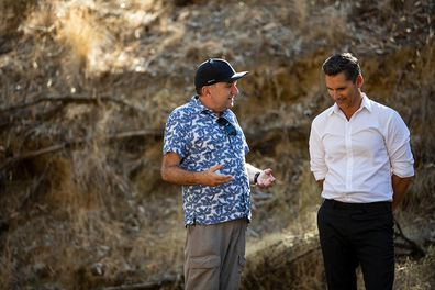 Robert Connolly and Eric Bana collaborate on set of The Dry.